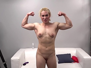 Muscular Girl At Casting pornheed amateur blonde casting