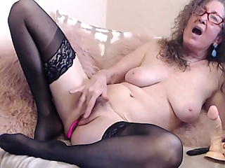 Mature webcam pornheed amateur big tits brunette