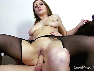 Horny Curvy Babe Takes What She Needs pornheed amateur big tits brunette