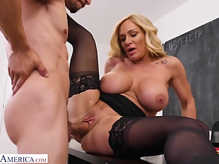 Mature Woman Faith Gets her Pussy Filled with Cum by Bambino pornheed big ass big tits blonde