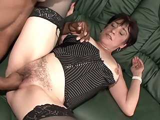 Amateur Hairy Milf kinky first shooting pornheed amateur cumshot fisting